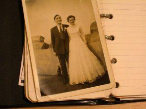 suknia ślubna lata 50