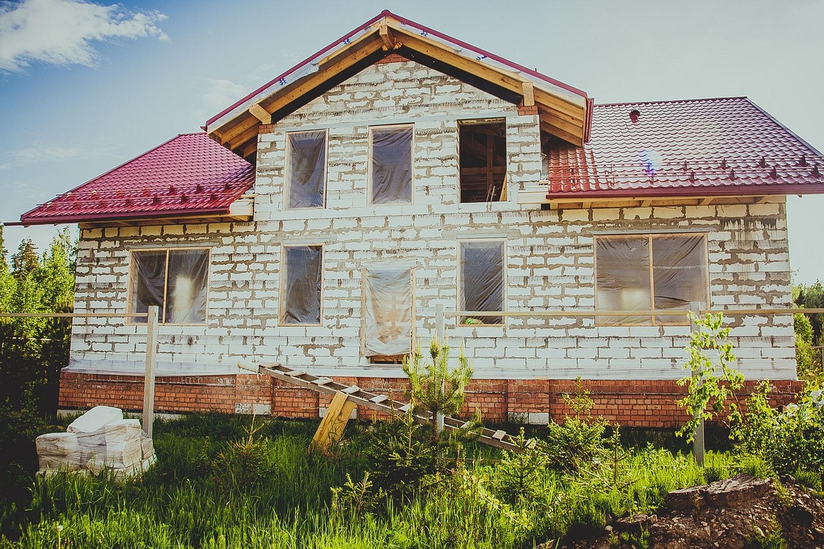 Trwałe wykończenie domu i mieszkania