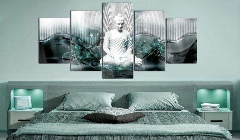 Czym można udekorować nowoczesną sypialnię?
